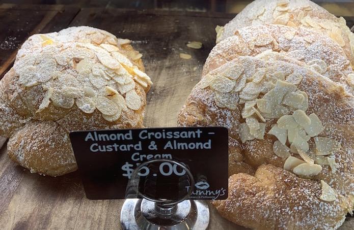 食べるな危険!オーストラリアで必ず太る食べ物10選 アーモンドクロワッサン