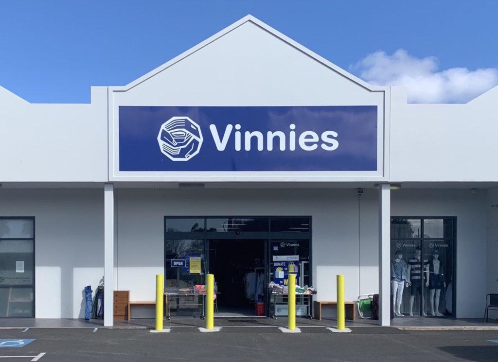 素敵な洋服$2から!寄付で成り立つオーストラリアの古着屋さんに行こう。Vinnies