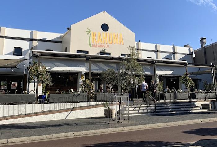 フリーマントル  カプチーノストリップ(South Terrace)のレストラン